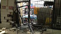 Smash and grab robbers targets gas station
