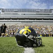 Iowa DL says he was searched by police with guns drawn while playing Pokemon