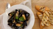 Coconut-Curry Mussels