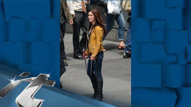 United States Breaking News: Megan Fox is a Bicycle Beauty on 'TMNT' Set
