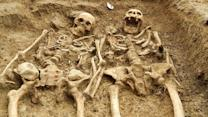 Skeletons Found Holding Hands After 700 Years