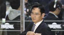 South Korea seeks arrest of Samsung scion in graft scandal
