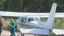 Teen Pilots Make Emergency Plane Landing