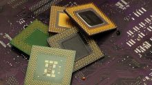 Chip Industry Shows Strength: ASML Beats, Broadcom In Buy Zone