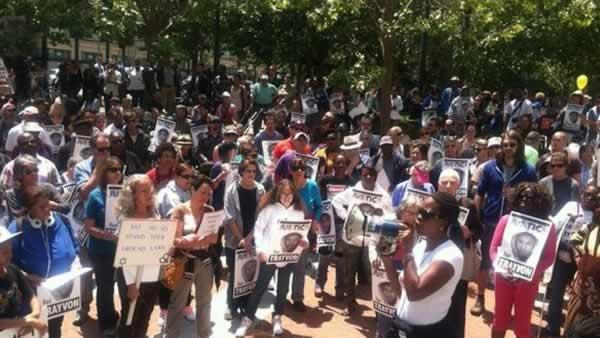 Group gathers for passionate Trayvon rally in Oakland