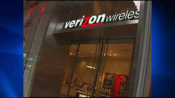 Government secretly collecting Verizon phone records