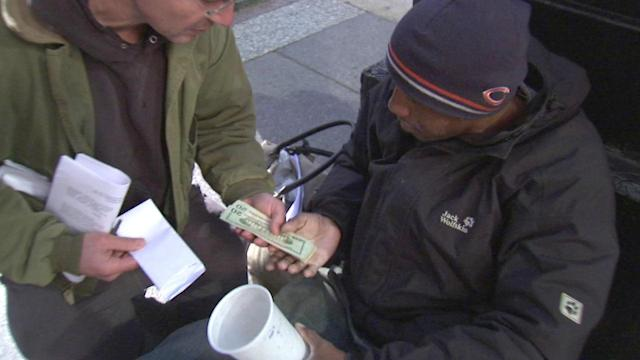 Chicago panhandlers receive settlement money