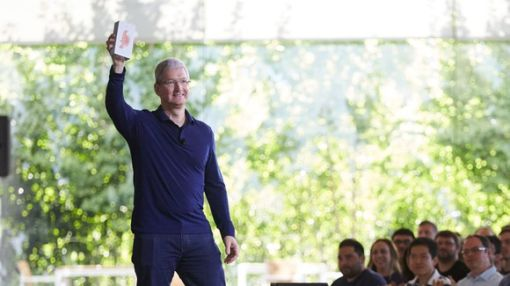 Tim Cook's First 5 Years at the Helm: The Good and the Bad