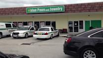 Pawn shop robbed in Lake Worth