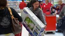 Shoppers rush to get deals around the Bay Area