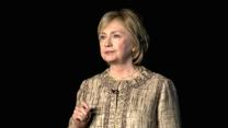 Clinton Lays Out Hopes for Economy at Newseum