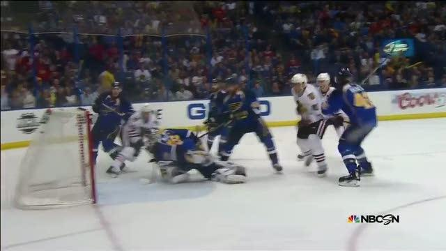 Marian Hossa collects own rebound for goal