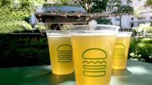 Better Buy: Shake Shack Inc. vs. Yum! Brands