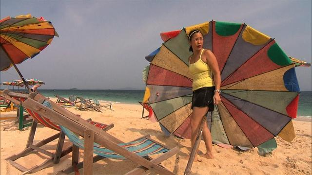 The Amazing Race - Blowing in the Wind