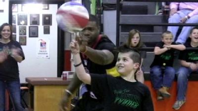 Prep Athletes, Harlem Wizards Play Ball For Xander Moore
