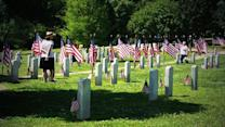 Memorial Day service held at Oakwood Cemetery