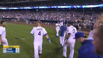 Gordon's walk-off two-run shot