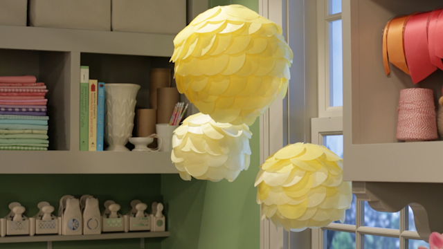 Simple Scalloped Tissue Paper Lanterns