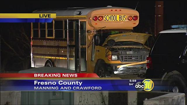 4 people injured in Fresno County school bus crash