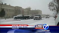 Snow slams parts of New Mexico