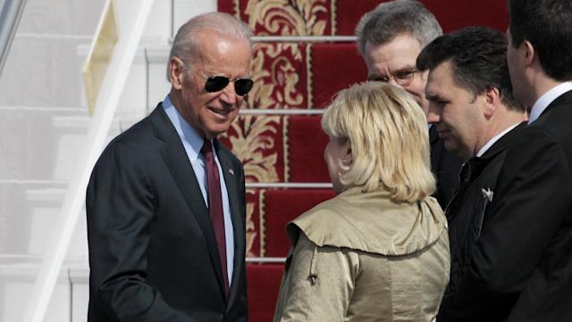 Biden in Kiev to announce U.S. aid package to Ukraine