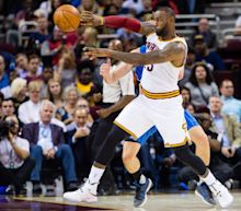 LeBron's Cavs, Durant-led Warriors favored as NBA season begins