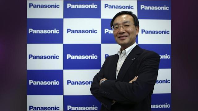 Panasonic Finally Waves The White Flag In Mobile