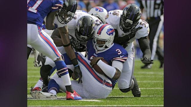 Buffalo's Manuel Out 'few Weeks'