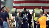 Man Squats 905 lbs World Record