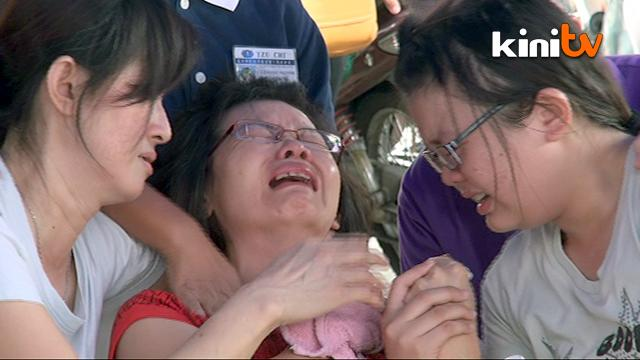 Genting Bus Crash: Emotional families identify victims at hospitals