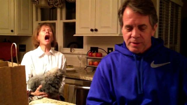Mom's hilarious reaction to daughter's pregnancy