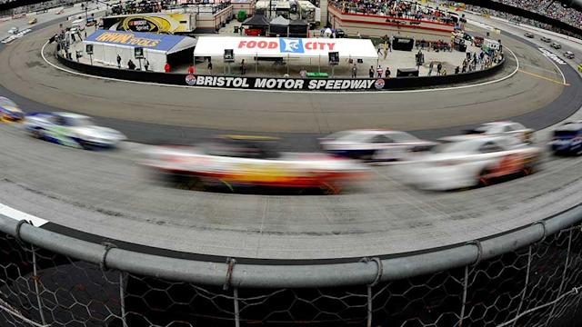 Sights And Sounds: Food City 500