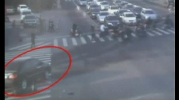 Horror crash caught on camera: cyclist hit by car