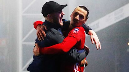 Man United advances to FA Cup quarterfinals